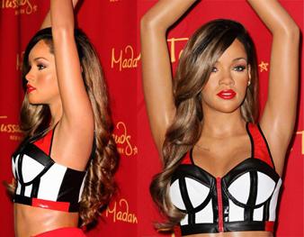 Rihanna uzun saçlarının diplerini çikolata kahveye boyatmış uçlarına ise ombre yaptırarak bal köpüğü görünümlü saç rengini elde etmiş ve mükemmel doğal bir görünüm yakalamıştır. Rihanna bal köpüğü saçlarına iri dalgalı bir saç modeli yaptırarak çok daha çekici bir görünüm elde etmiştir.