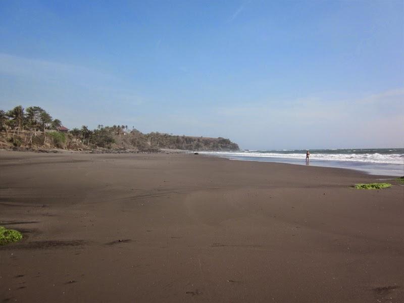 Tempat Wisata Pantai Soka Tabanan