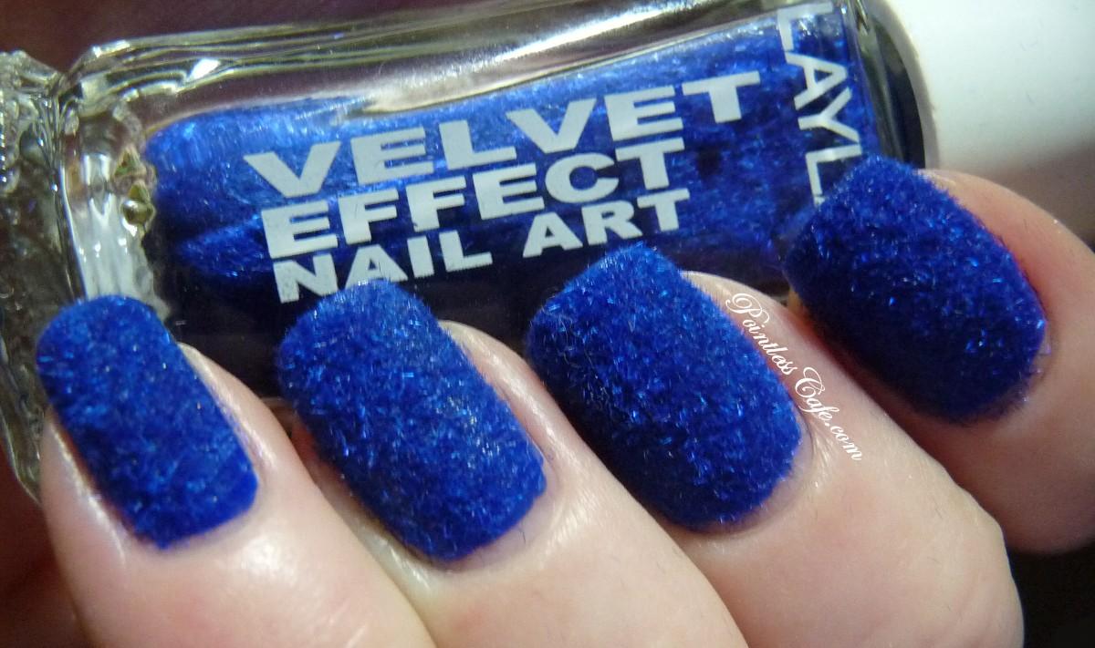 Layla Velvet Effect Nail Art