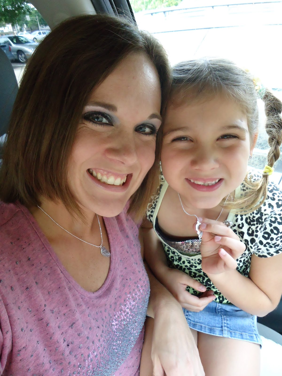Running Diva Mom: A Date with Little Diva (gift card edition)