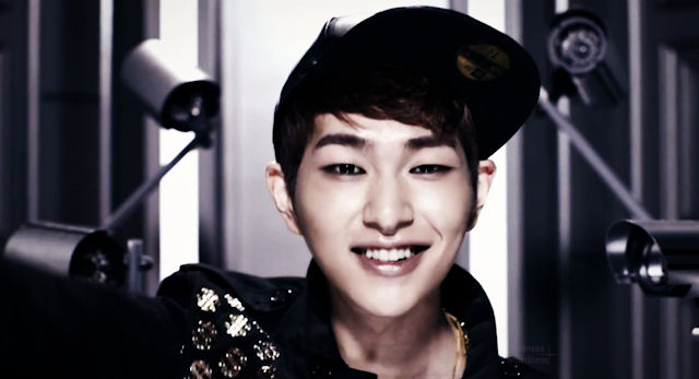shinee onew breaking news short pv screencap