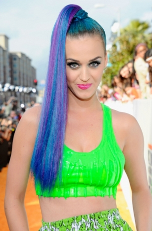 Katy-Perry-Hairstyles-At-the-Kids-2012-Choice-Awards