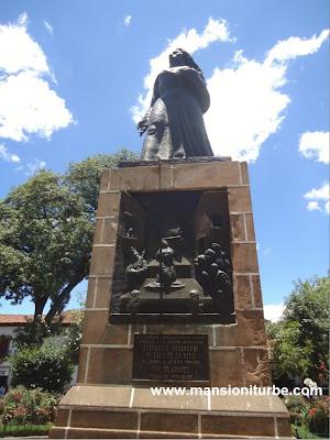 Doña Gertrudis Bocanegra's Statue in Patzcuaro