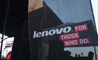 لينوفو تكشف عن حاسوب لوحي يعمل بنظام ويندوز 10