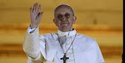 Todo en el nuevo Papa es sorprendente. Si a nosotros nos ha sorprendido, . papa francisco