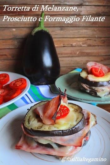 torretta di melanzane, prosciutto e formaggio filante