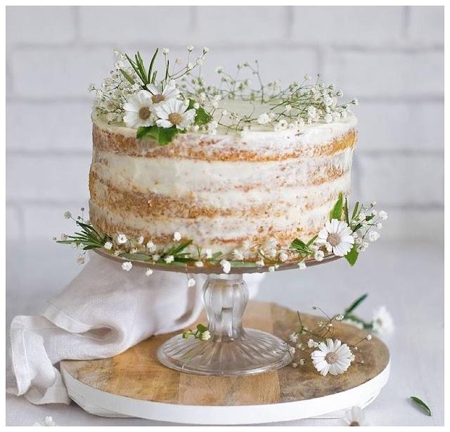 Wedding Trends Of 2015: Semi-Naked Wedding Cakes