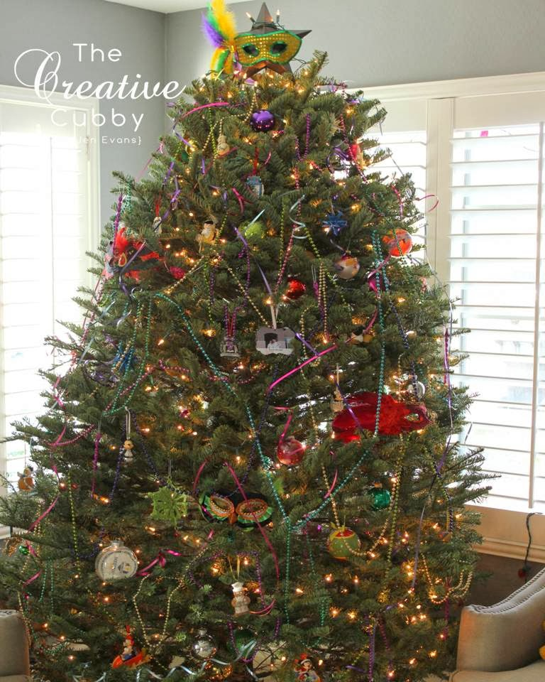 Decorate Christmas Tree With Beads: The Creative Cubby: Decorating For A Mardi Gras Christmas