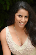Sravya reddy hot photos-thumbnail-6