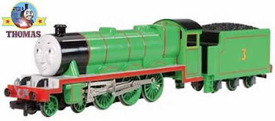 Toy railway model HO scale Bachmann Thomas the train friends Henry the green engine with moving eyes
