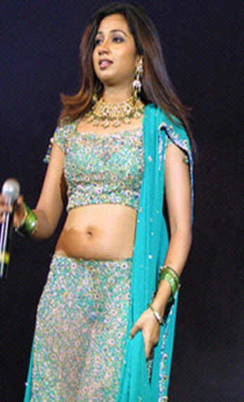 indian playback singer shreya ghoshal navel photo still in lengha