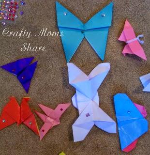 http://craftymomsshare.blogspot.com/2012/08/more-butterflies-origami.html