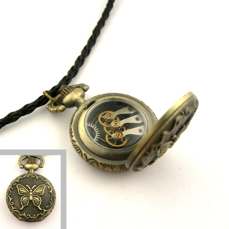20-Locket-Nicholas-Hrabowski-Steampunk-Jewelry-from-Recycled-Watches-and-Bullets-www-designstack-co