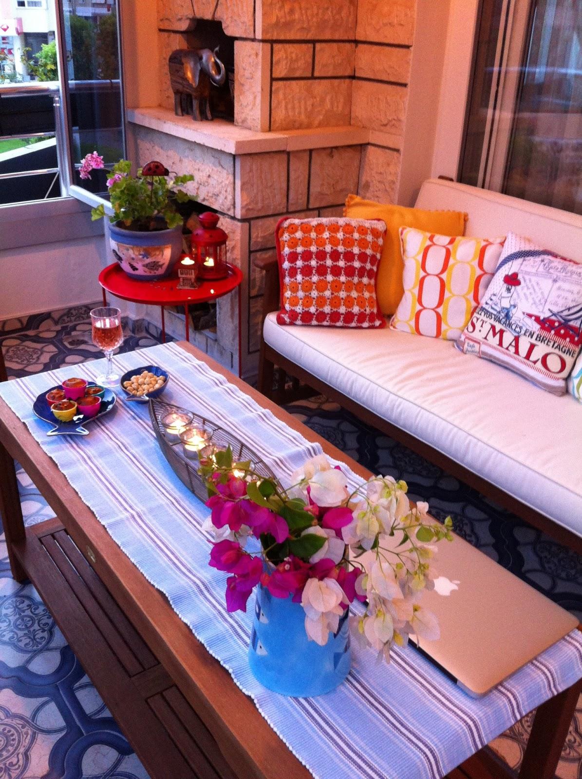 balkonumdan yaz ak am manzaralar smyrnetalya. Black Bedroom Furniture Sets. Home Design Ideas
