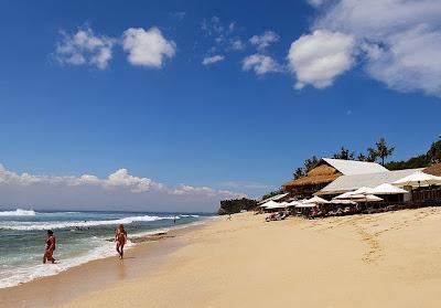 Balangan beach, secret beach, romantic beach, romantiques plages, holiday in bali,