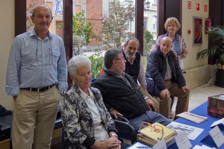 Filatelistas en el Matasellado en el Congreso de Paraplejia
