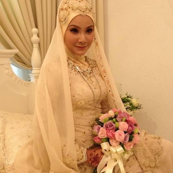 Gambar Majlis Pernikahan Khairul Fahmi Che Mat (Apek) Dan Nur Eilunie Natasha (Leuniey)