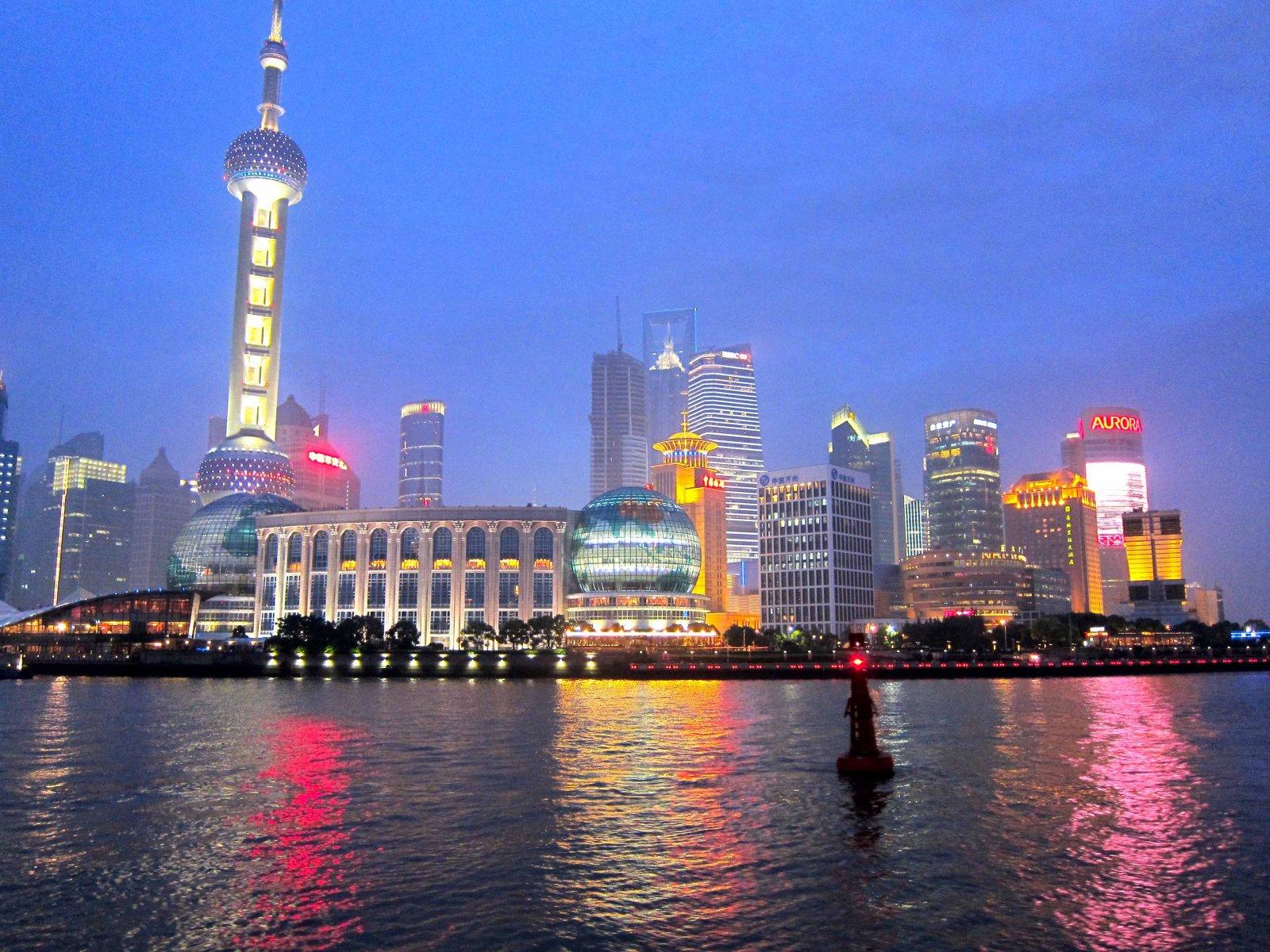 sailing into shanghai