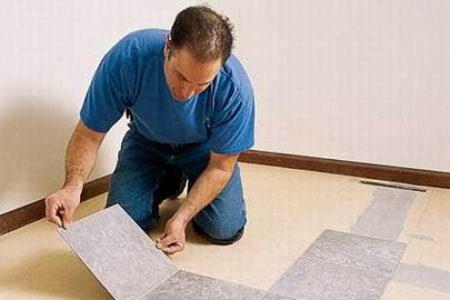 Como colocar suelos de vinilo y linoleo aprender hacer for Pisos vinilicos autoadhesivos