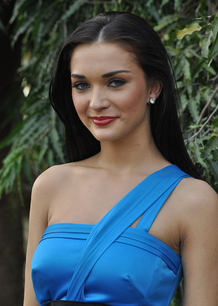 Amy Jackson Nude Photos 69