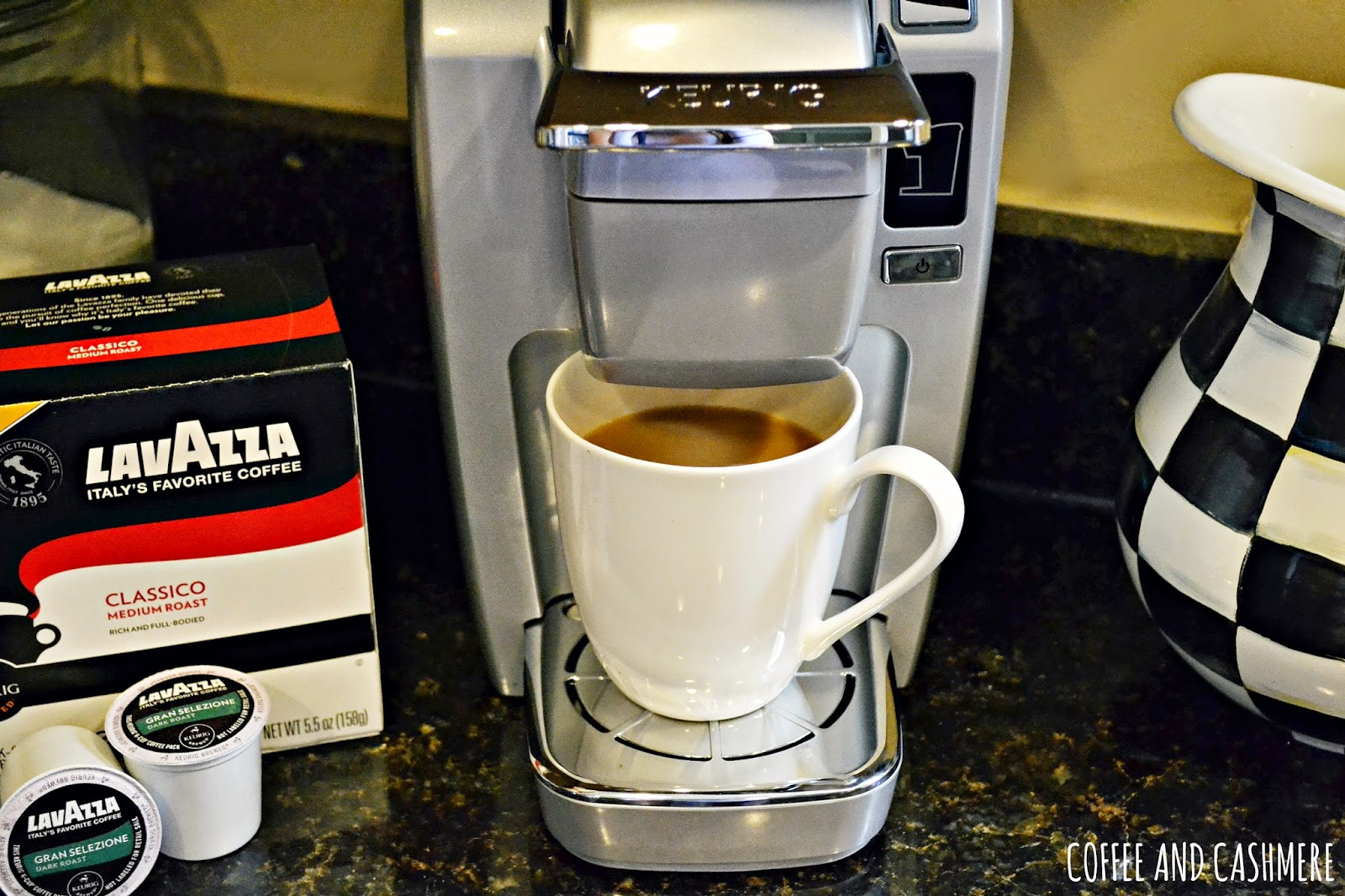 Coffee and Cashmere: Lavazza Giveaway [OVER]