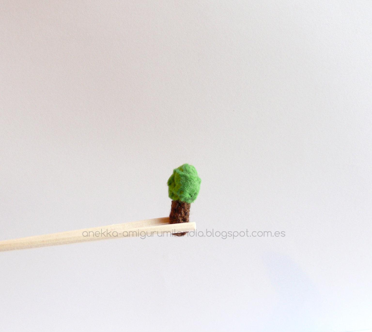 felt tree anekka handmade