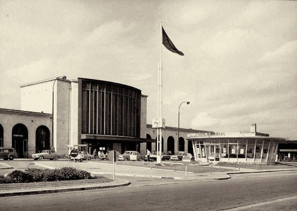 Caen - Syndicat d'Initiative  Architecte: Manson (Jean ?)  Construction: vers 1960  Détruit