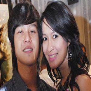 Okie Agustina & Phewe (Tahta) - Satu Nada Dalam Cinta