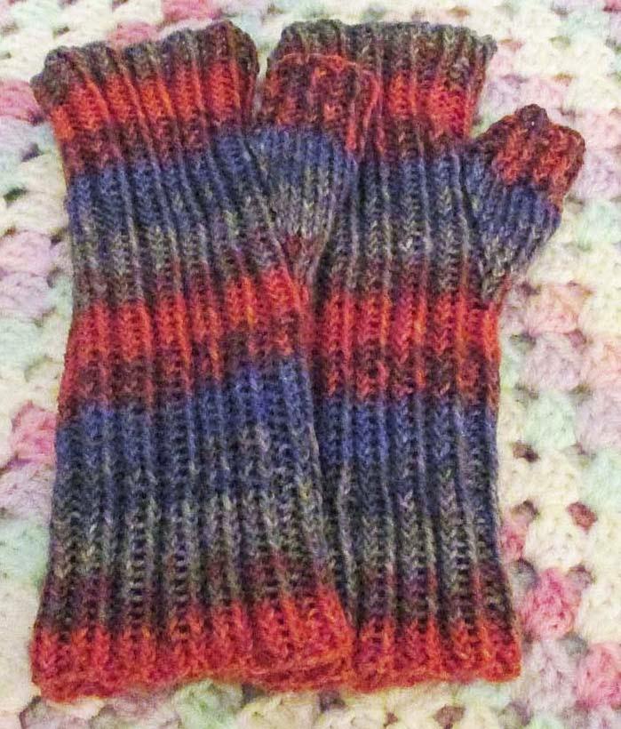 BeadBag: Ribbed Fingerless Mitts - free knitting pattern