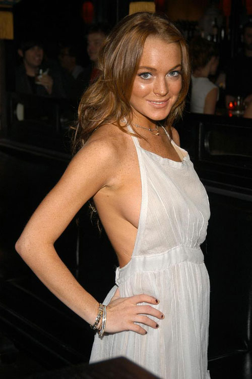 lindsay lohan sexy CLICK TO SEE GRANNY SEX STARVED BITCHED SUCK COCK