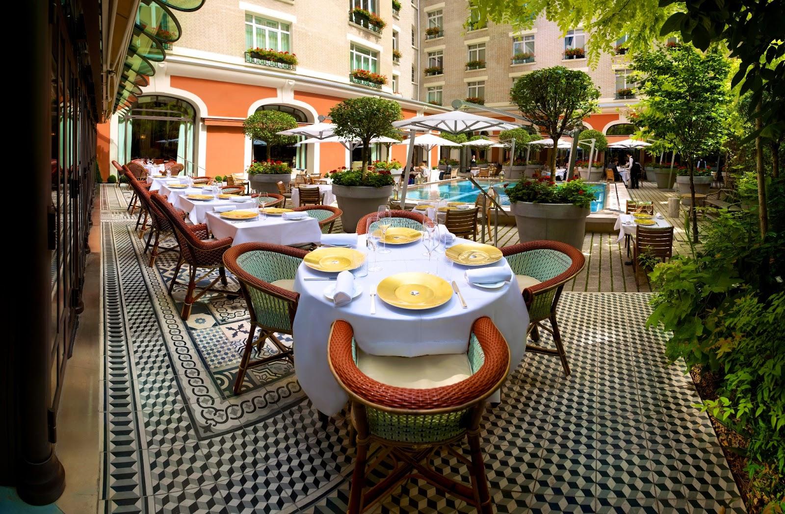 Le sublime jardin terrasse du royal monceau raffles paris bons plans sorties paris - Bassin starck ...