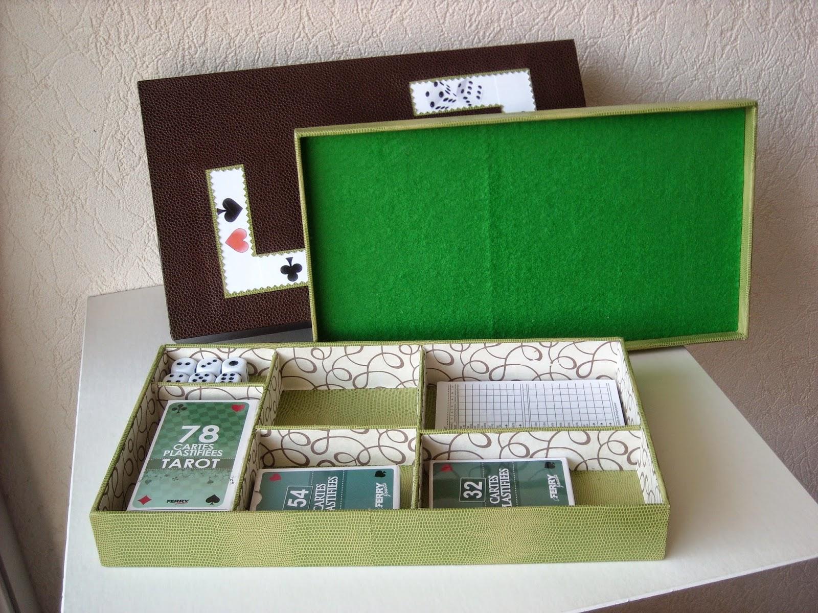 Patchwork cartonnage bo te jeux for Boite a jeux