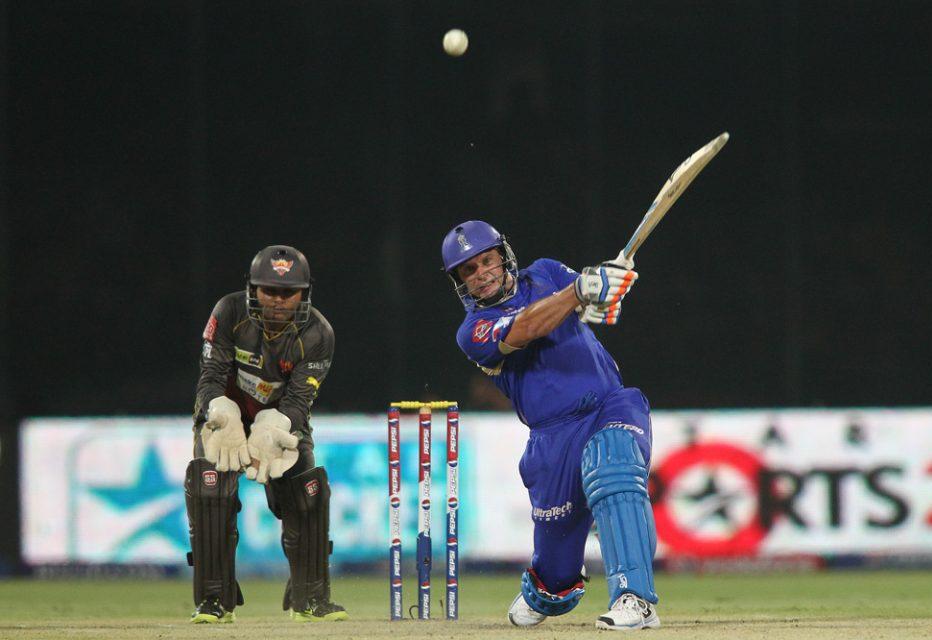 Brad-Hodge-RR-vs-SRH-Eliminator-IPL-2013