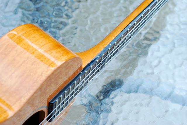 Pono MTD-E tenor ukulele fingerboard