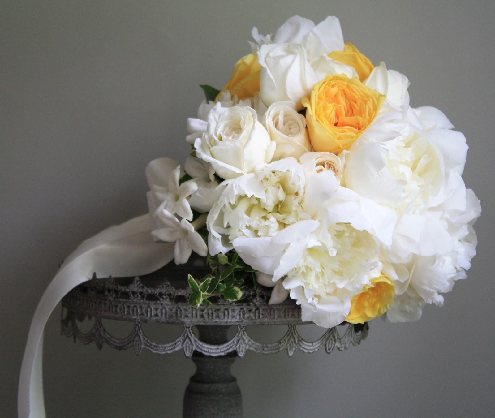 Splendid stems floral designs wedding flowers wedding florist white and yellow rose brides bouquet troy ny izmirmasajfo