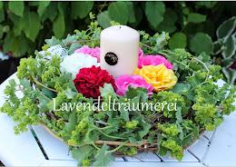 Sommerkranz mit Rosen