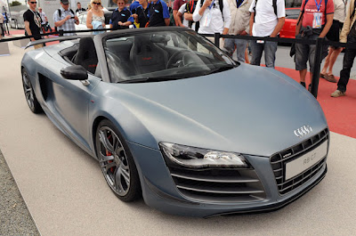AUTO DEPORTIVO AUDI R8 GT 2012 CARRO VERSION ROADSTER