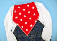 Bandana dribble bib - red with white stars