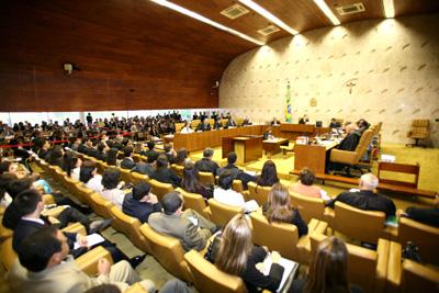 Mulheres da para ba dizem n o ao totalitarismo abril 2012 for Sala 4 tribunal supremo