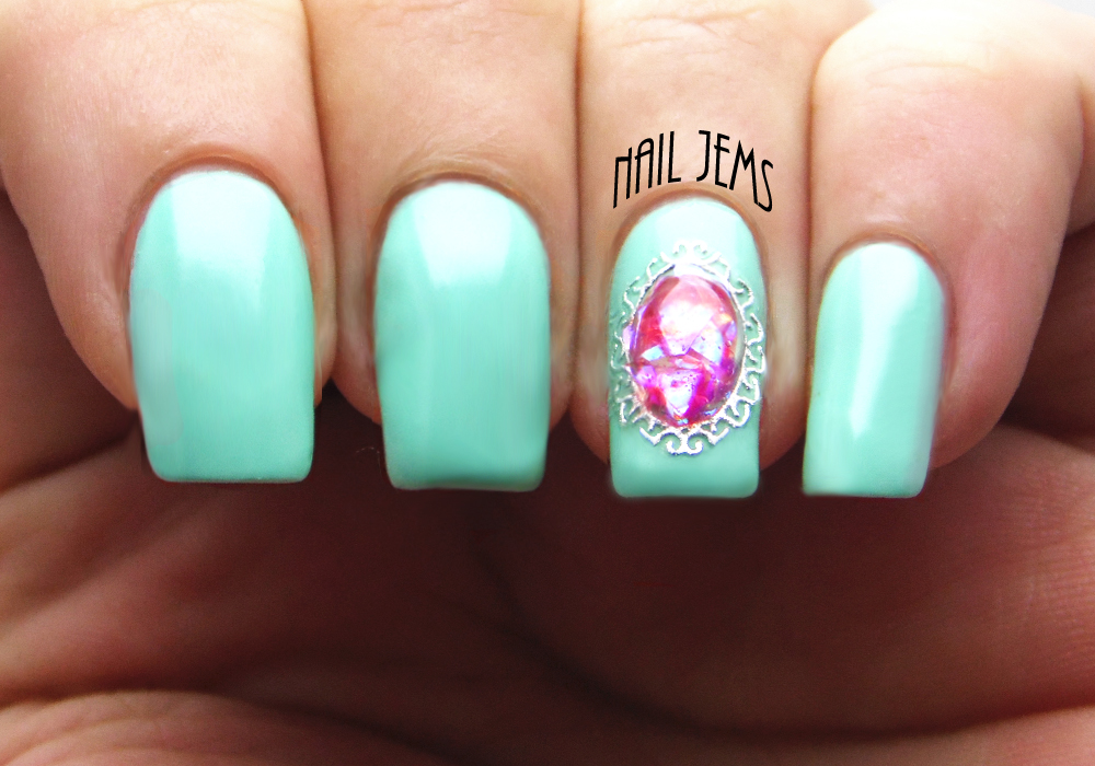 Nail Jems: Liquid Stones with Nail Gel
