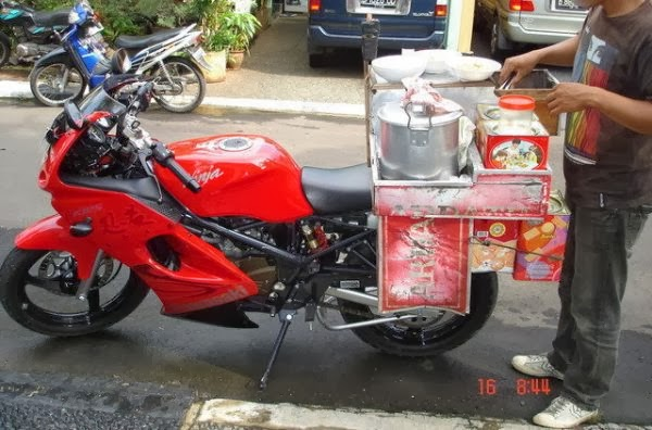 Motor Ninja Jualan Bubur