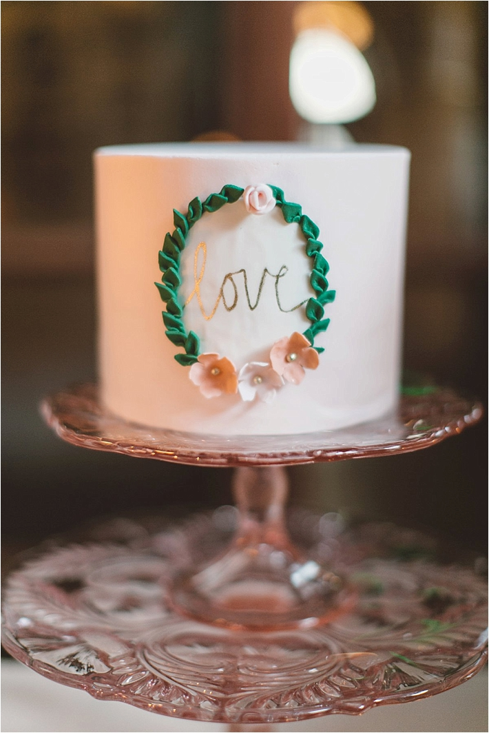 Stunning love wedding cake