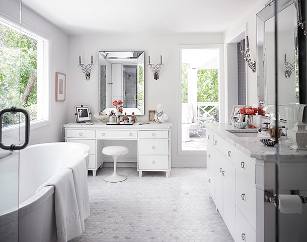 to da loos pretty white bathroom oasis