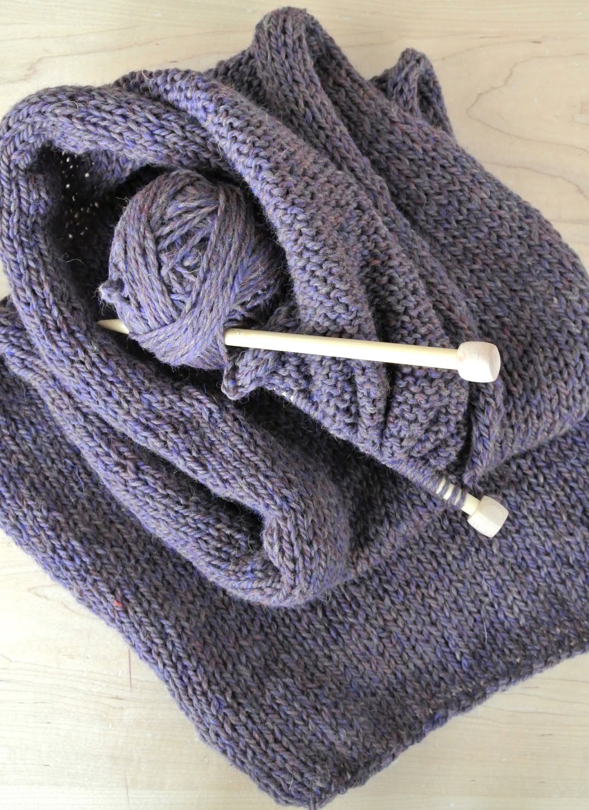 Knitting Stitches Stockinette Stitch : Knit Infinity Scarf