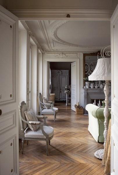 Boiserie c parquet stile francese for Interni parigini