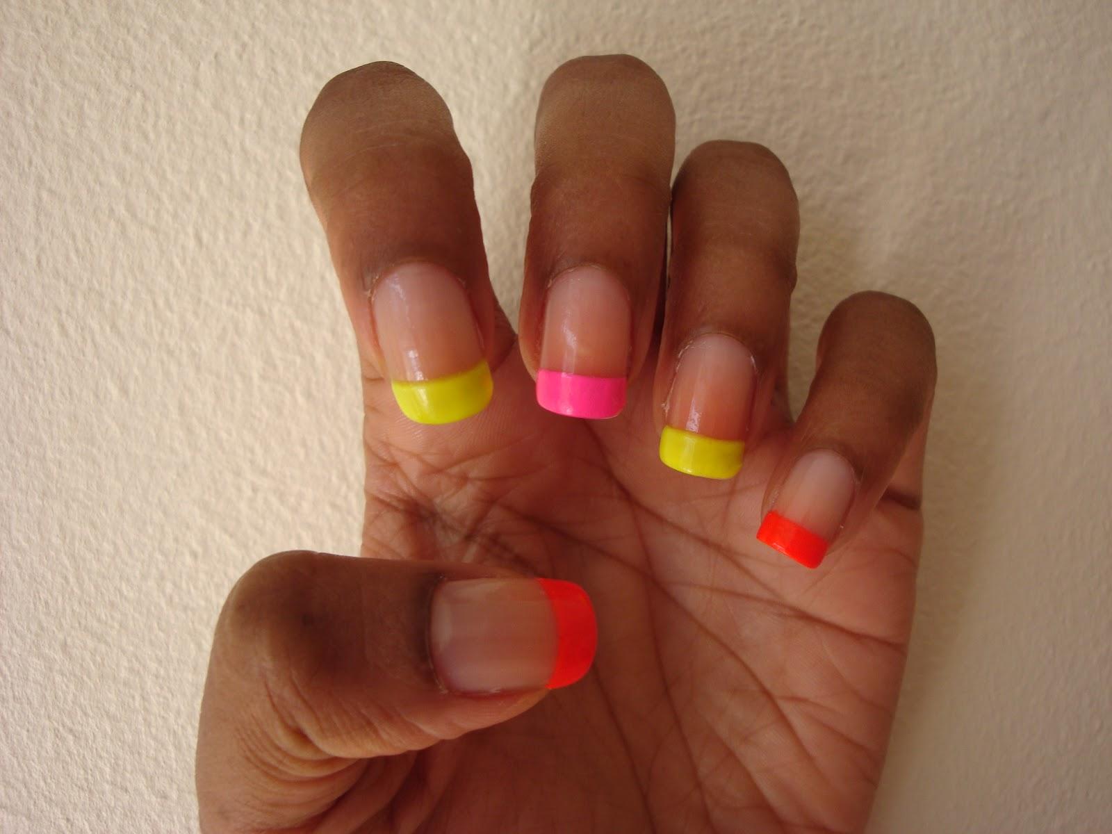 ArtzeeNailz: Neon Tips
