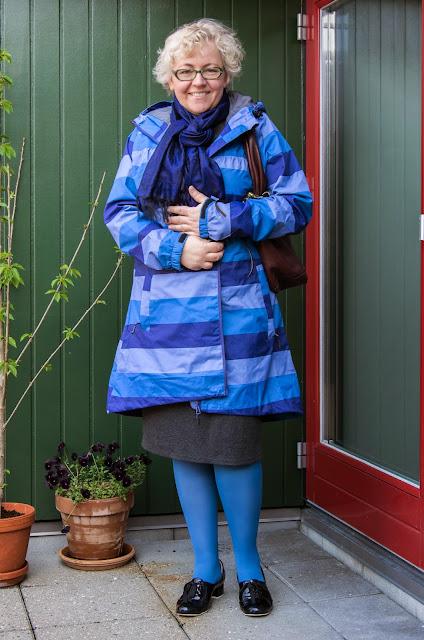Kaffesoester in her new rain coat