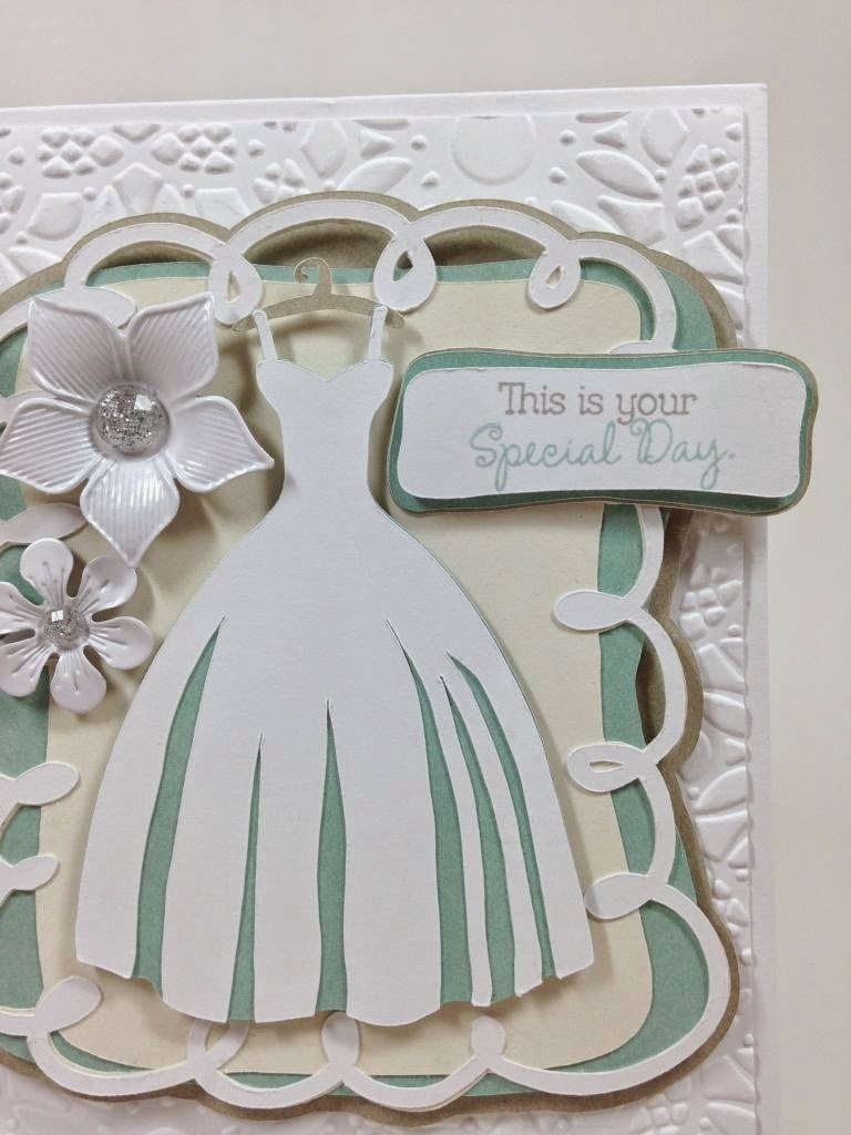 Cricut Wedding card closeup