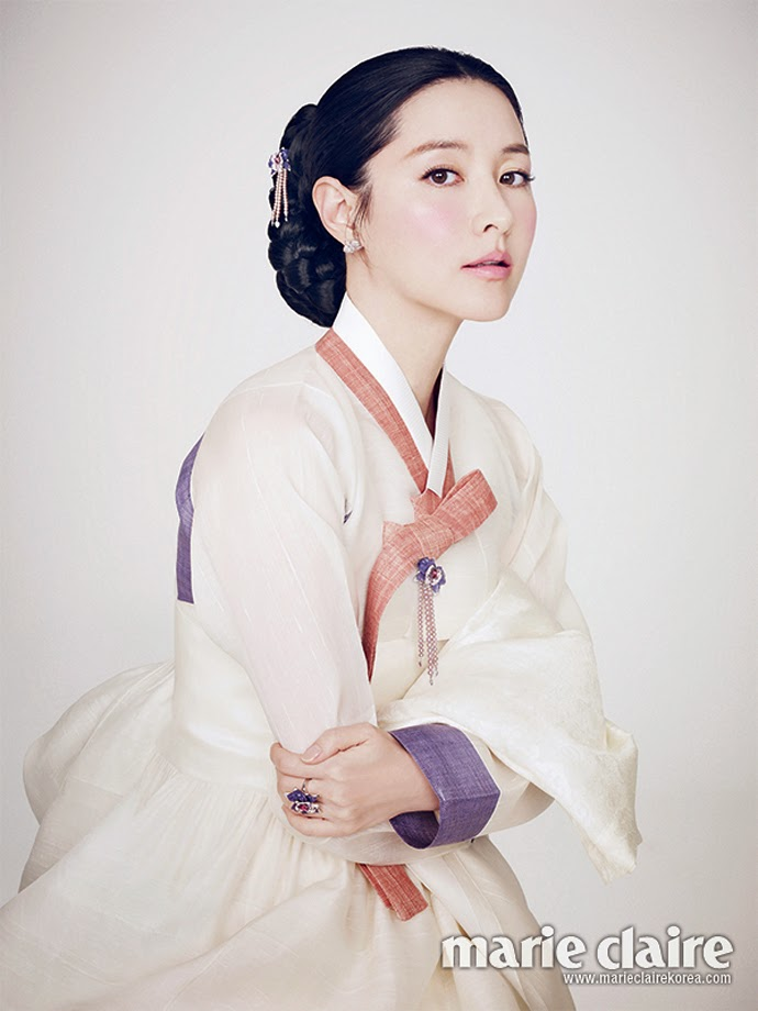 Lee Young Ae - Marie Claire Magazine February Issue 2014