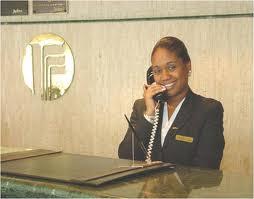 Centralista de hotel.jpg
